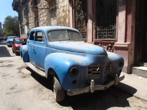 Mooie maar vooral oude auto's.